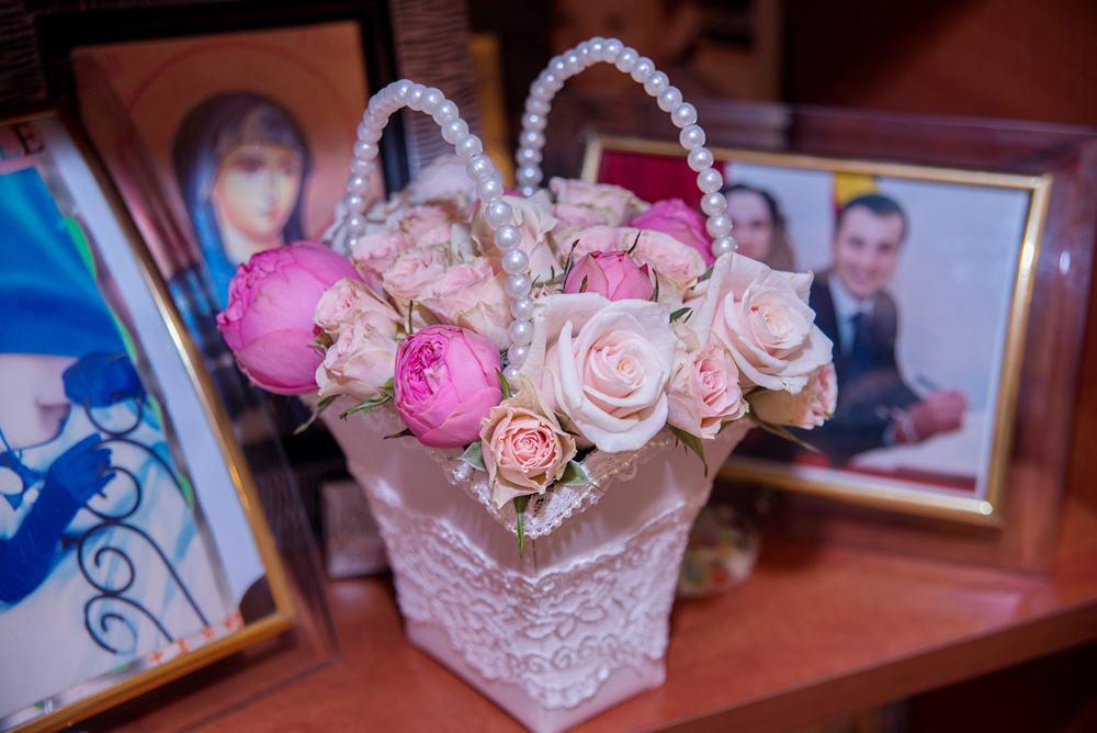 Cosulet trandafiri miniroze piano
