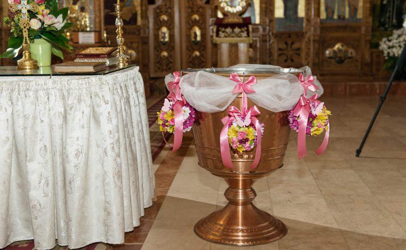 decor cristelnita trandafiri miniroze alstroemeria crizanteme santini