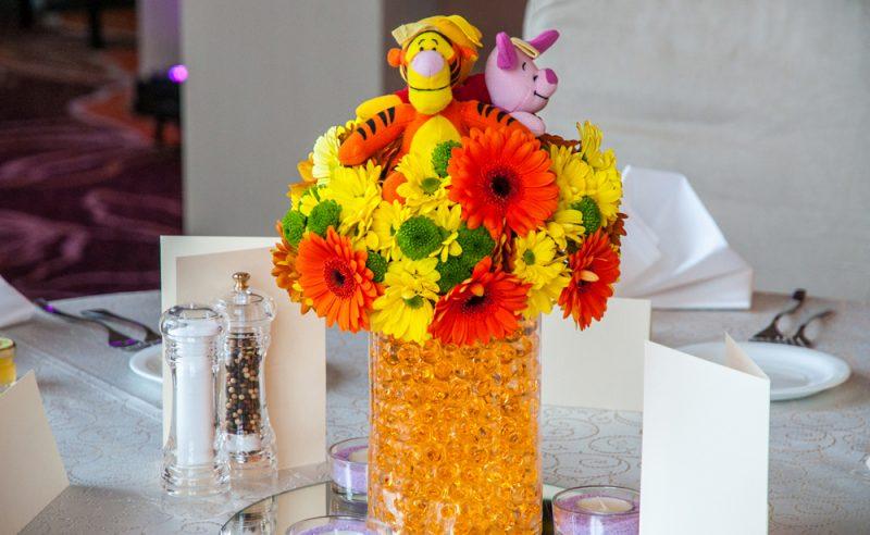 aranjament-floral-botez-Winnie-the-Pooh