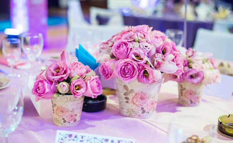 aranjament-roz-trandafiri-lisianthus-orhidee