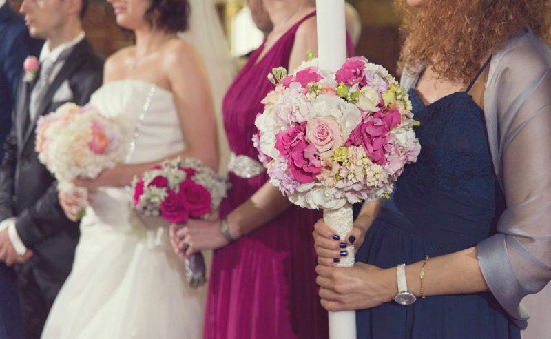 lumanari hortensii fucsia roz trandafiri roz vuvuzela lisanthus somon mathiola mov somon